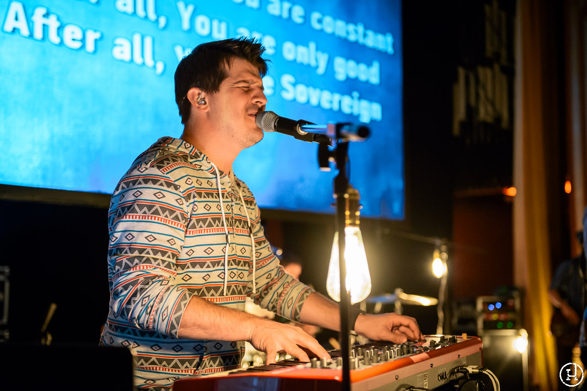 Vertical Church Band perform at Story in Chicago, IL on September 20, 2012 (Jeff Harris)