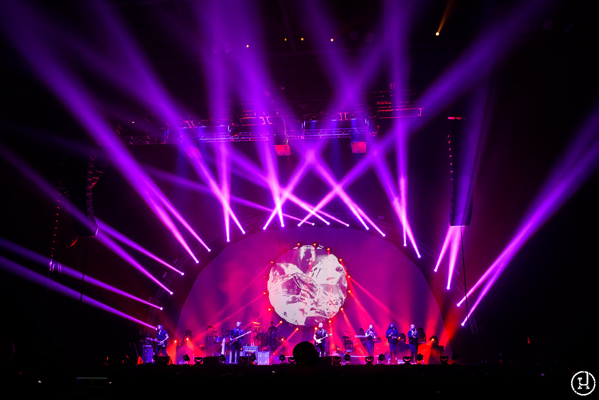 Brit Floyd perform at The Huntington Center in Toledo, OH on March 5, 2013 (Jeff Harris)