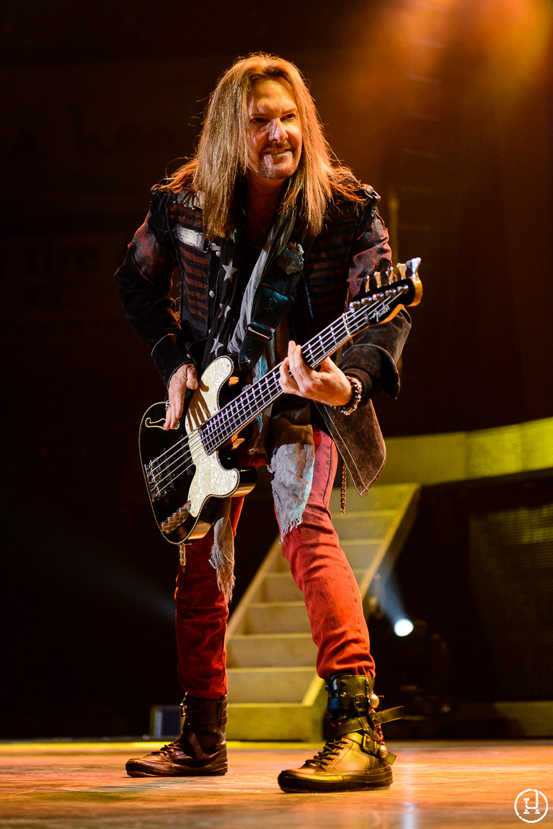 Styx perform at The Huntington Center in Toledo, OH on April 21, 2013 (Jeff Harris)